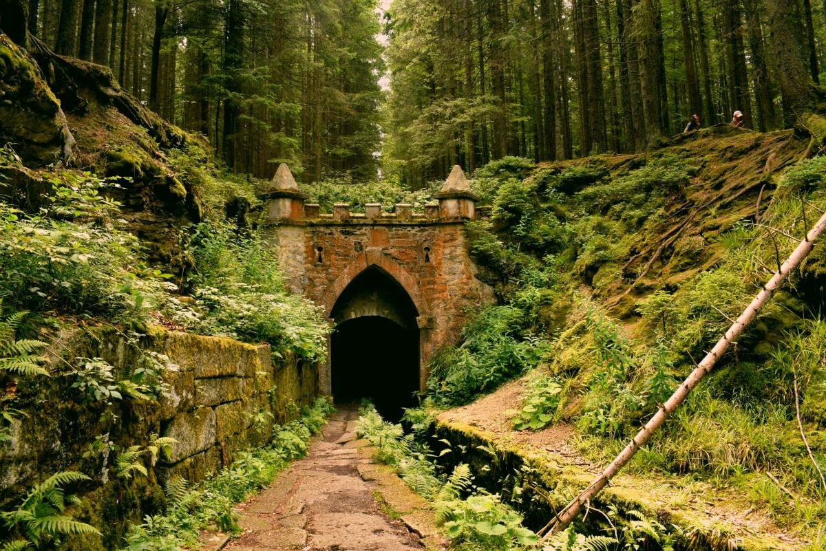 Castle tunnel in a Czech forest / photo by Anna Gru